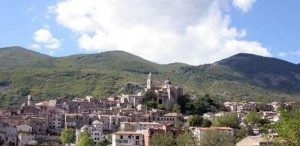 Cusano-Mutri-vista-Borgo